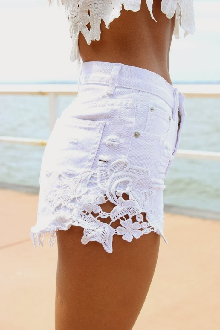 SABO SKIRT Fortune Cut-off Shorts - White