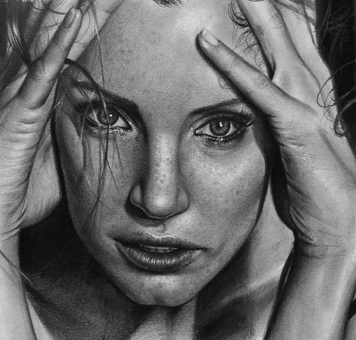07-Jessica-Chastain-Valentina-Zou-Pencils-and-Charcoal-Hyper-Realistic-Drawings-www-designstack-co
