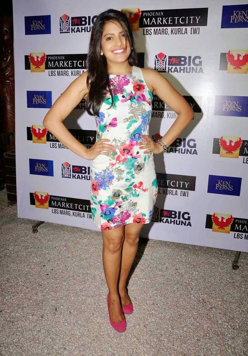Vishakha Singh at Ken Ferns Resort Way 2015 Collection Bash Stills