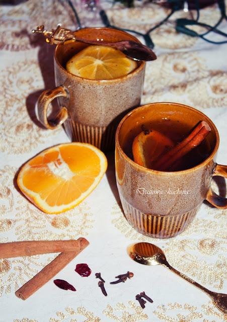 herbata rozgrzewająca, herbata z pomarańczą i cynamonem, herbata na zimę, przepis na rozgrzewającą herbatę