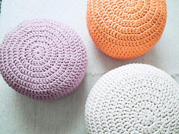 pastel Pouf Crochet