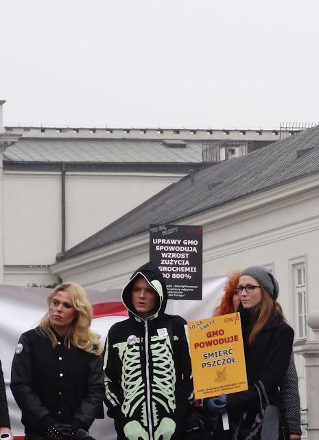 Manifestacja Weto dla GMO w Warszawie