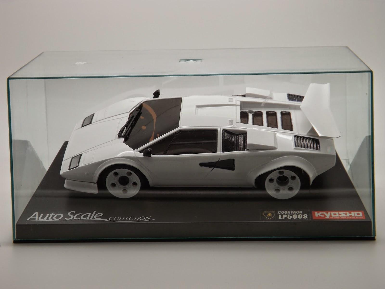 Kyoshosan Mini Z Collection Custom Painted Lamborghini Countach