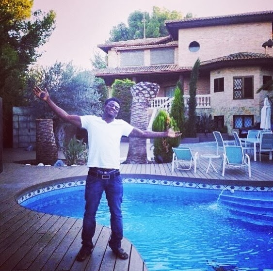 Obafemi Martins shows off Cars and Jacuzzi Million Dollar house.