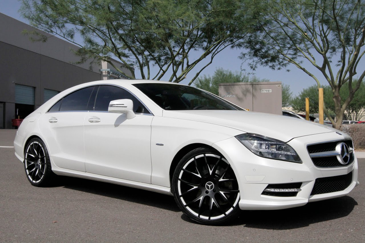 Mercedes benz cls550 courtesy of giovanna wheels doing for Custom mercedes benz wheels