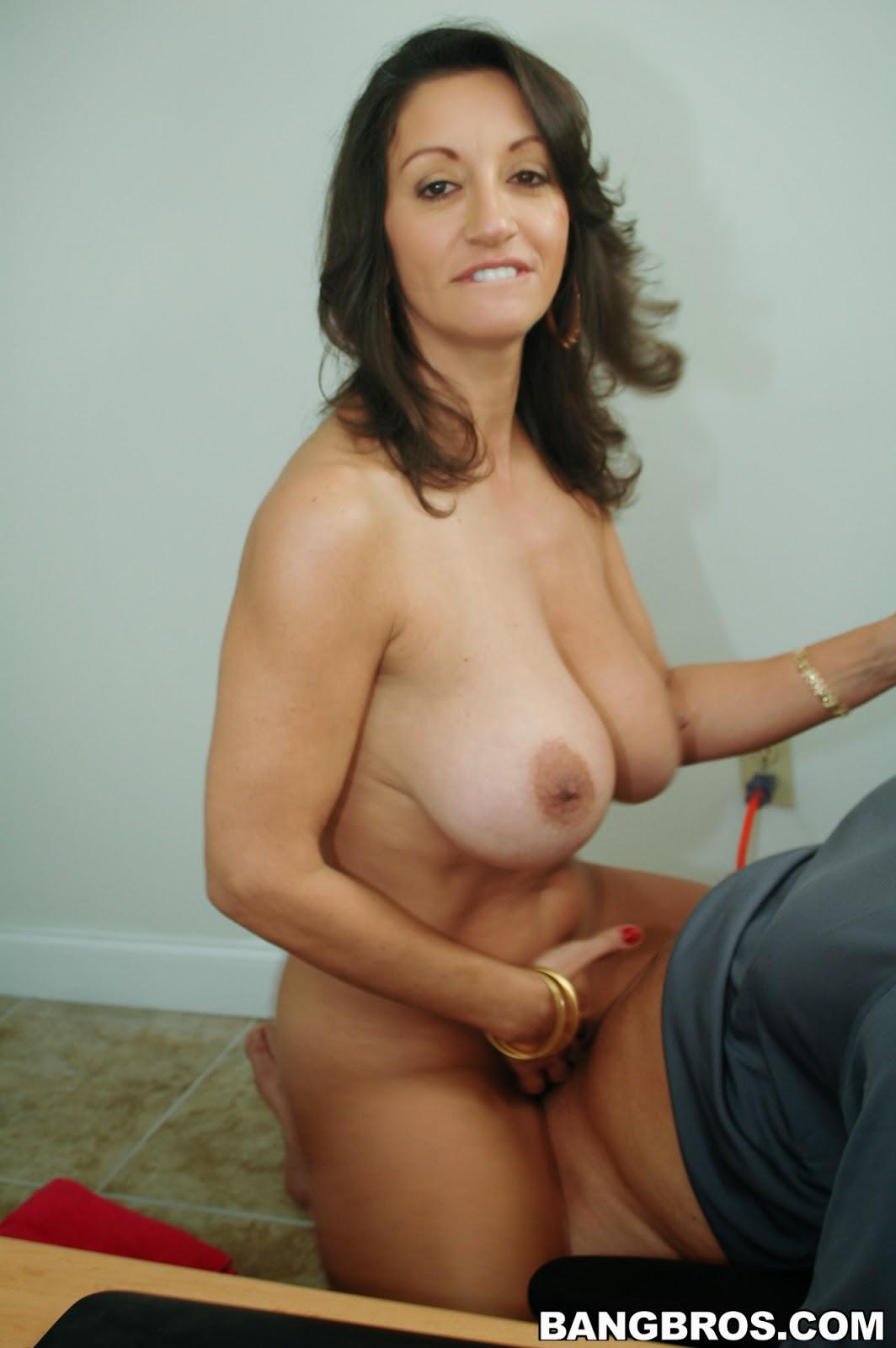 backroom milf persia - porn images