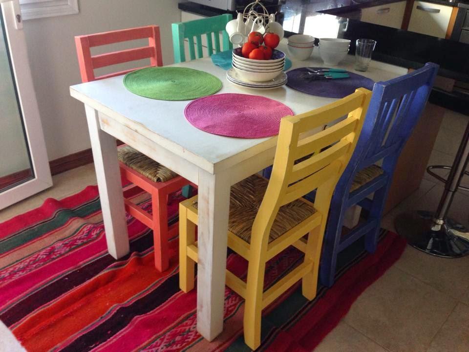 Vintouch muebles reciclados pintados a mano mesa y for Muebles pintados a mano