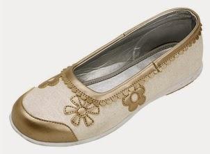 Zapatos, Niña de las Flores y Otros Eventos