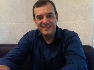 Professor Sérgio Gabriel