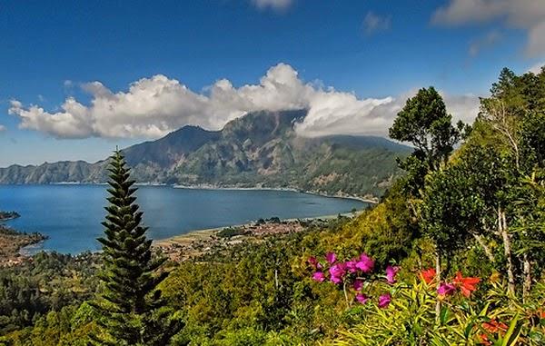 tempat wisata gunung bantur