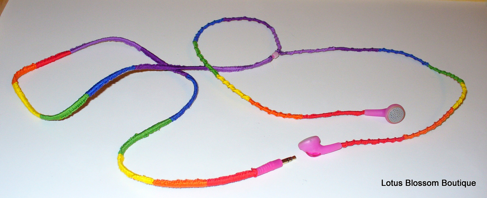Embroidery floss headphones makaroka