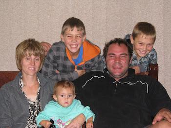 Burt, Kotie, Renando, Jandre en Alana