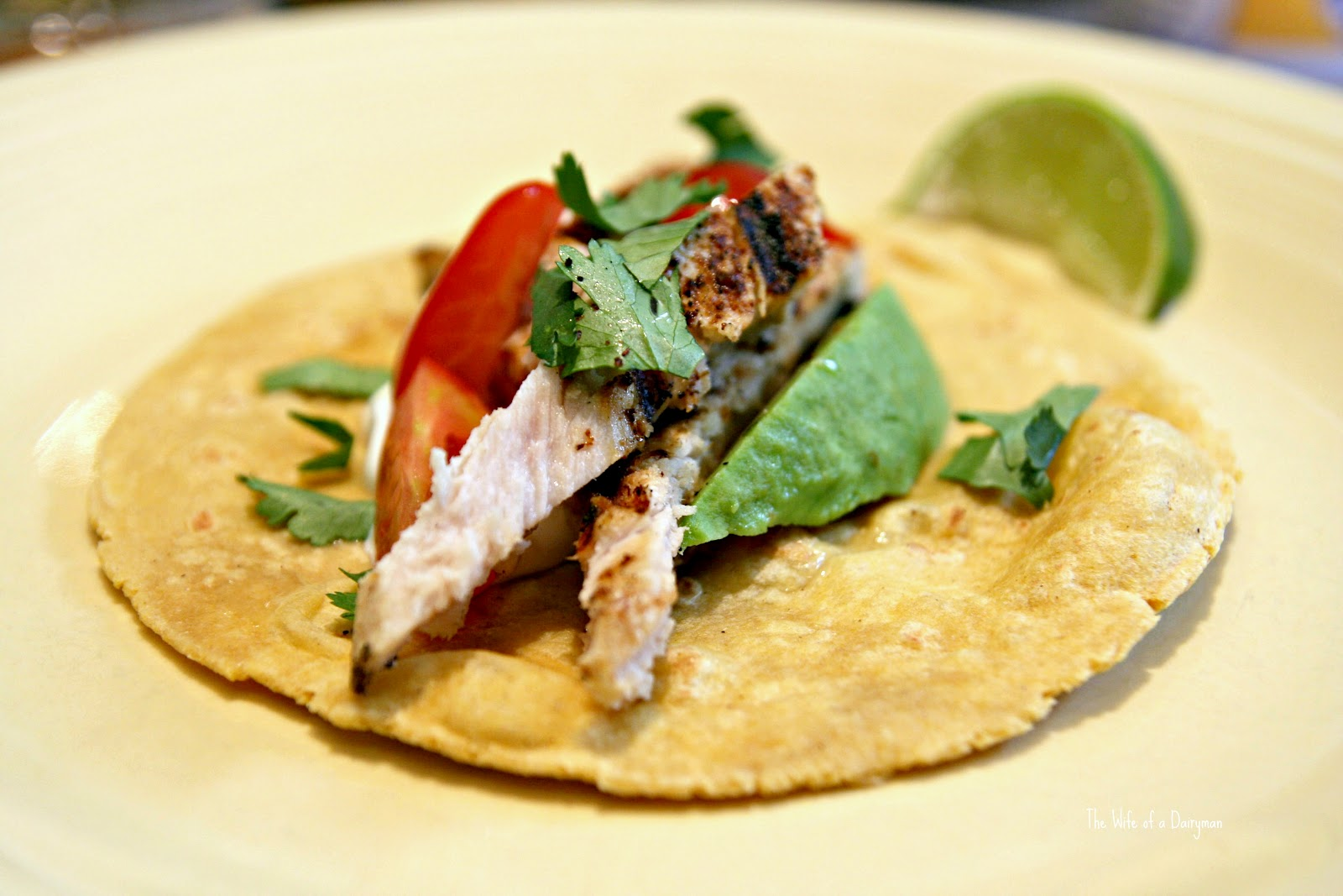The wife of a dairyman churned in cali tuna tacos for Tuna fish tacos