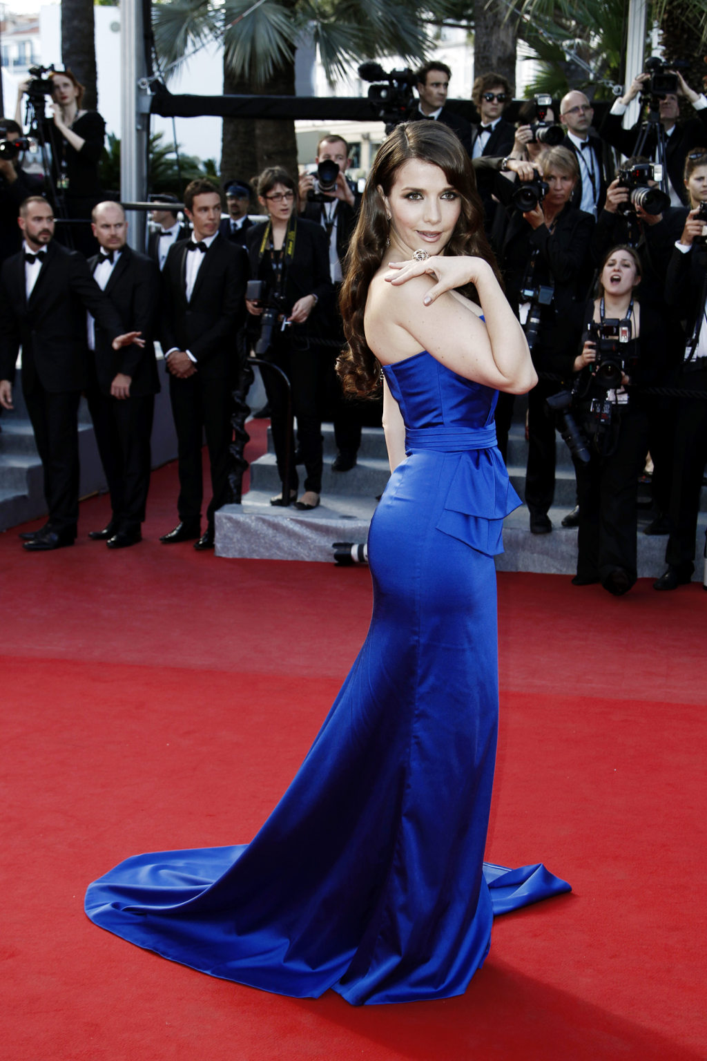 http://1.bp.blogspot.com/-J9HXdSs1Dy0/T75_wzc2AWI/AAAAAAAADmk/CXQhAeYJJ9c/s1600/Natalia+Oreiro+Cannes+%25284%2529.jpeg
