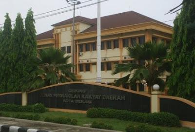 Gedung Oknum DPRD Bekasi