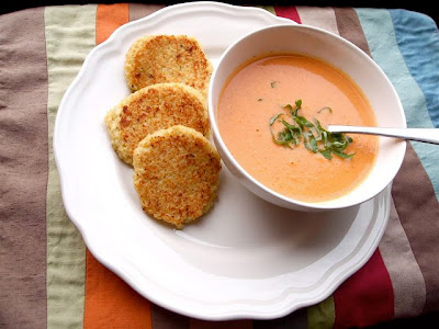 Creamy Slow Cooker Tomato Soup with Cheesy Quinoa Dippers from Pretty Kitten's Kitchen found on SlowCookerFromScratch.com