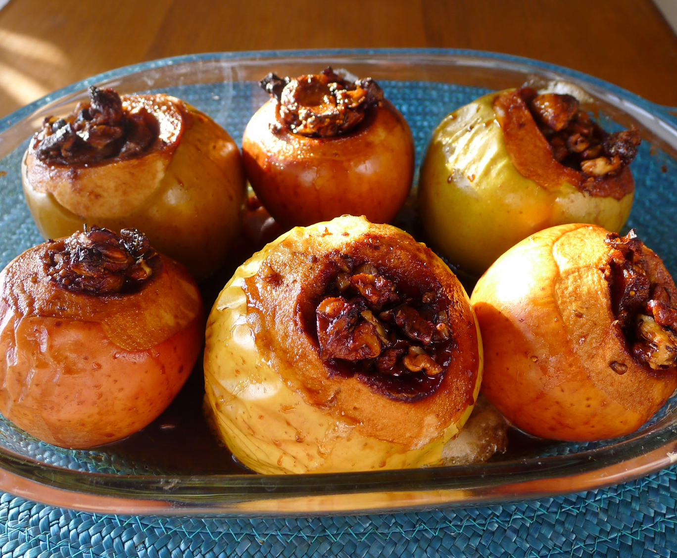 Яблоки в духовке без начинки рецепт