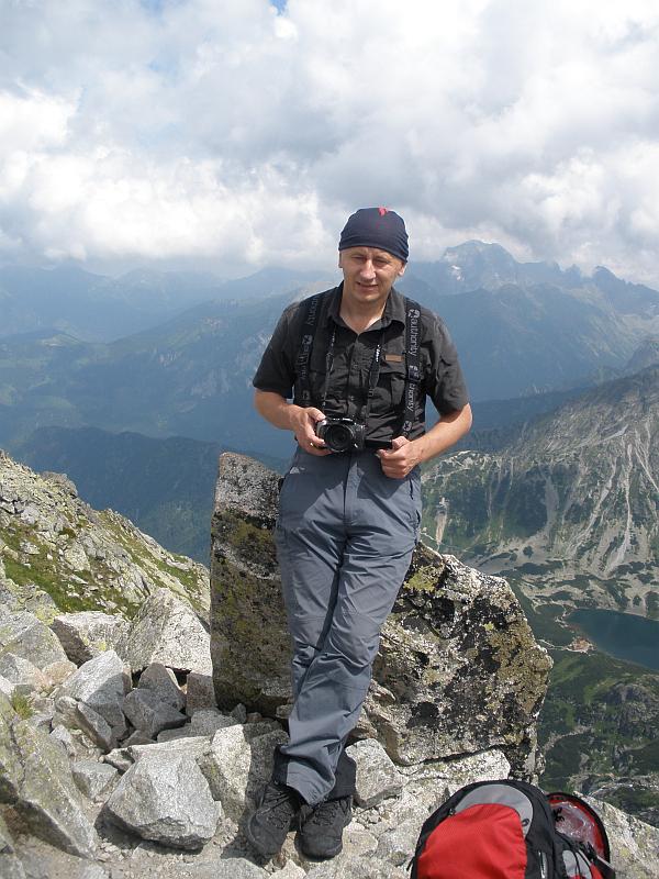 Na szczycie Koziego Wierchu (słow. Kozí vrch, 2291 m n.p.m.).