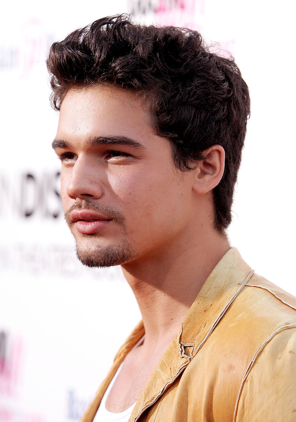 how tall is steven strait