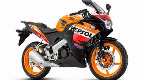 Foto Honda CB150R 2014 Modifikasi Full Fairing Saingan Yamaha R15