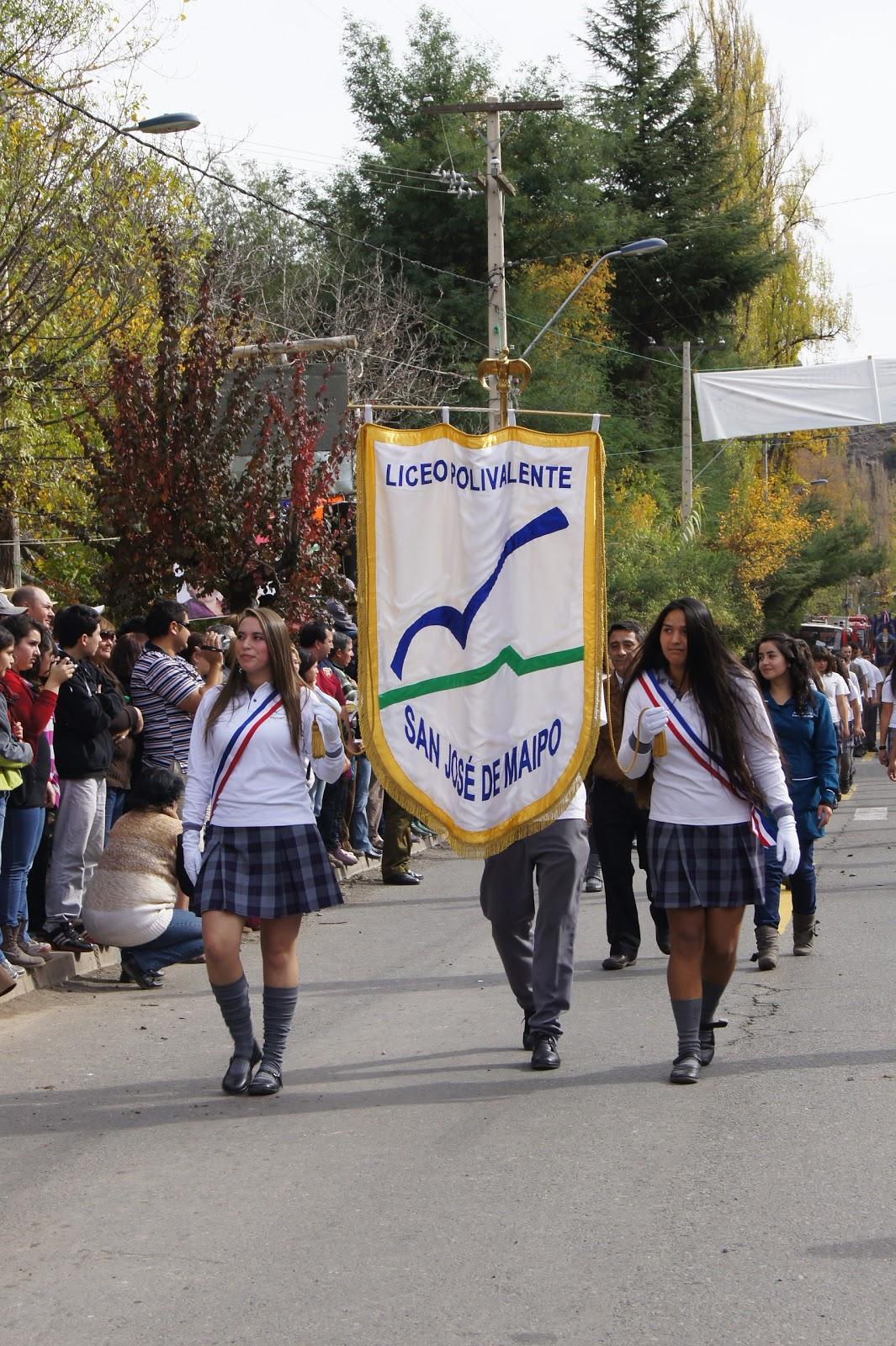 portal caj243n del maipo en san alfonso realizan desfile