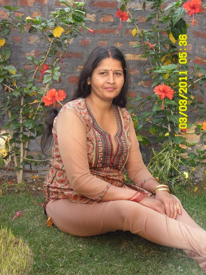 North Indian Sexy young Girl Babli Sharma Photos
