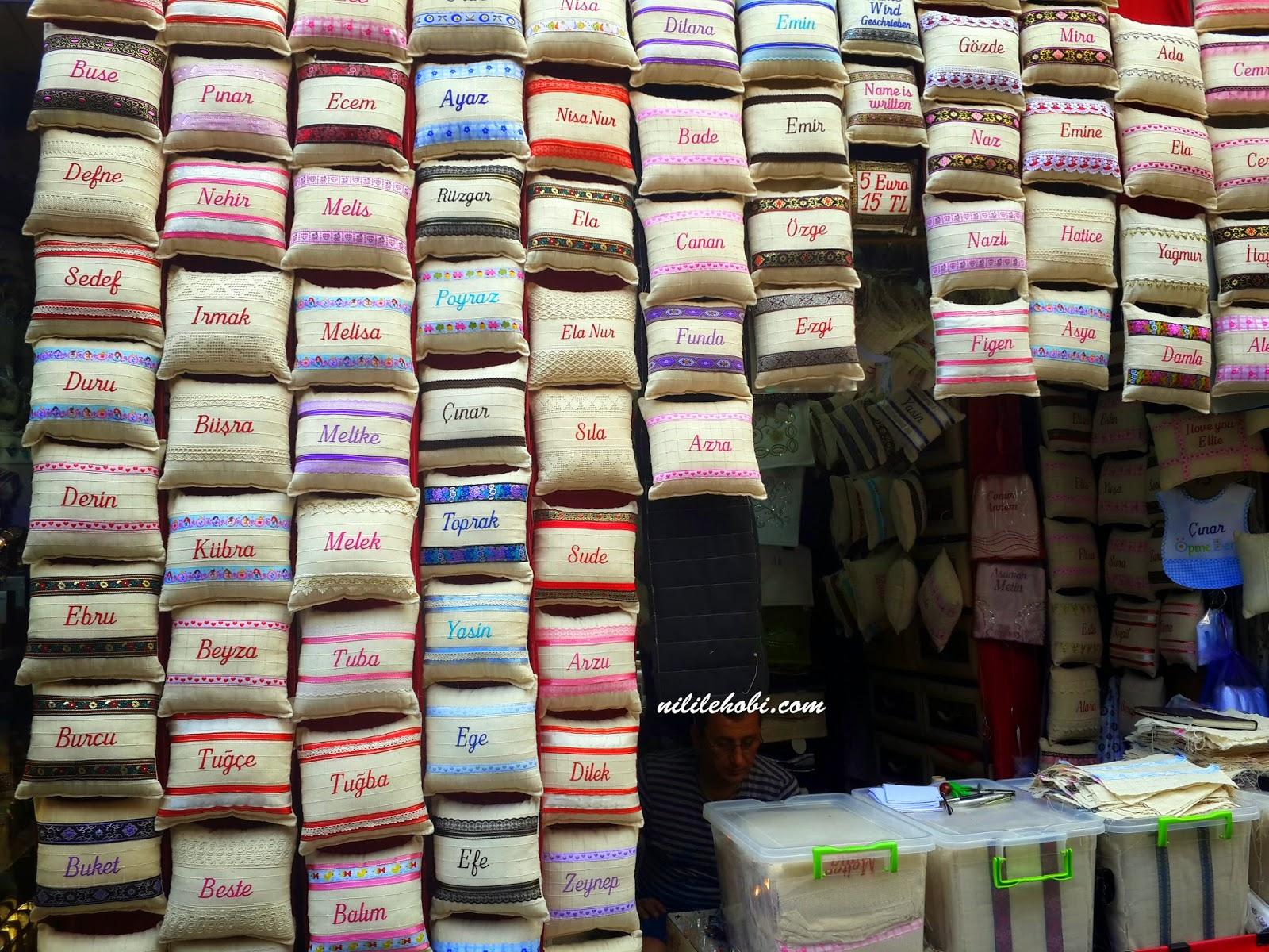 hediyelik isim yastıkları