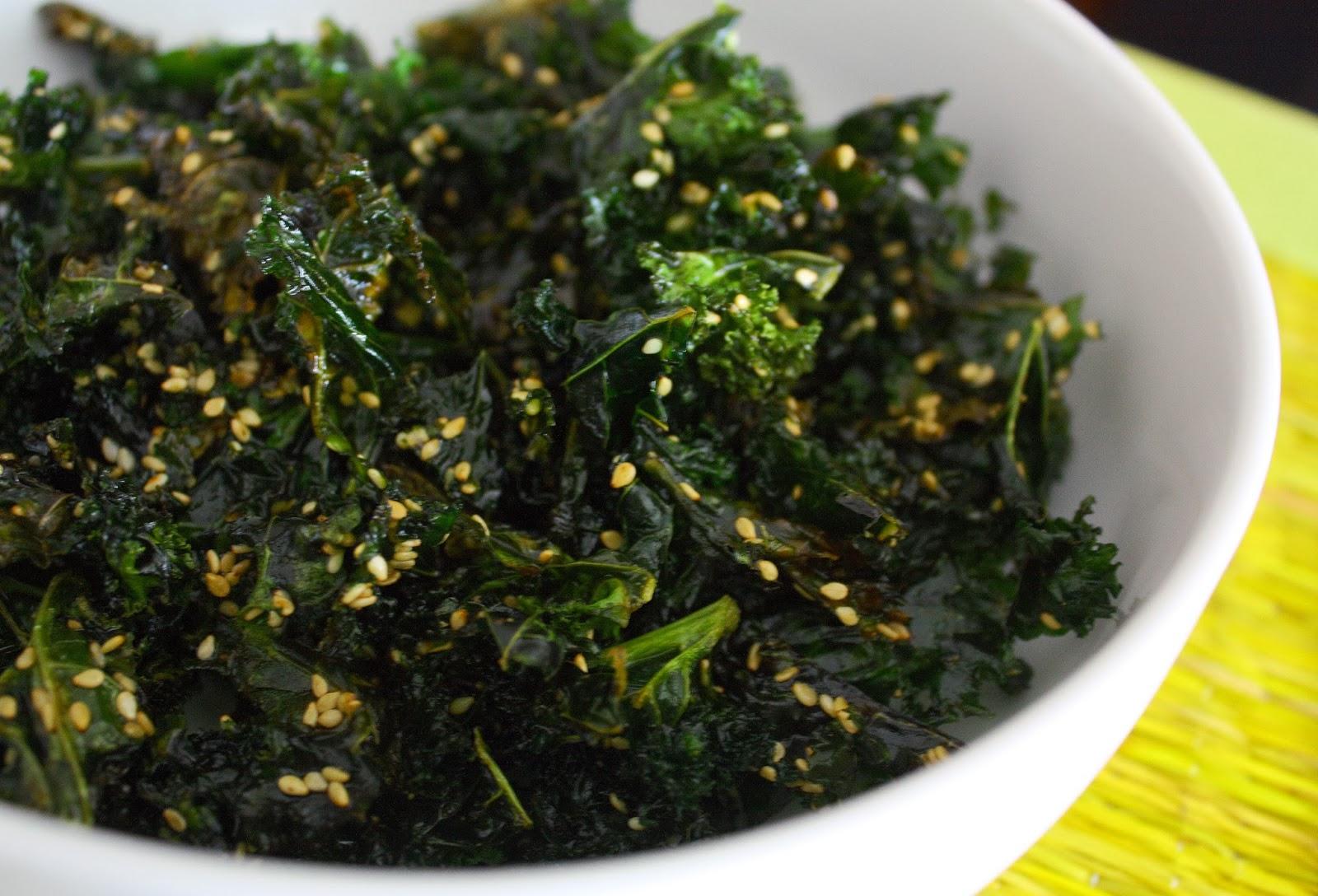Nanna's Cookbook: Slow Baked Sesame Kale Chips