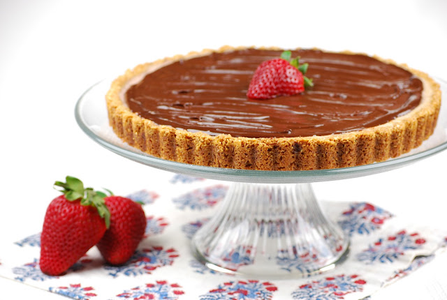 Tasty Trials: Back from vacation and Strawberry-Amaretto Tart