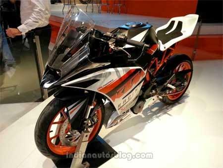 gambar motor KTM RC390