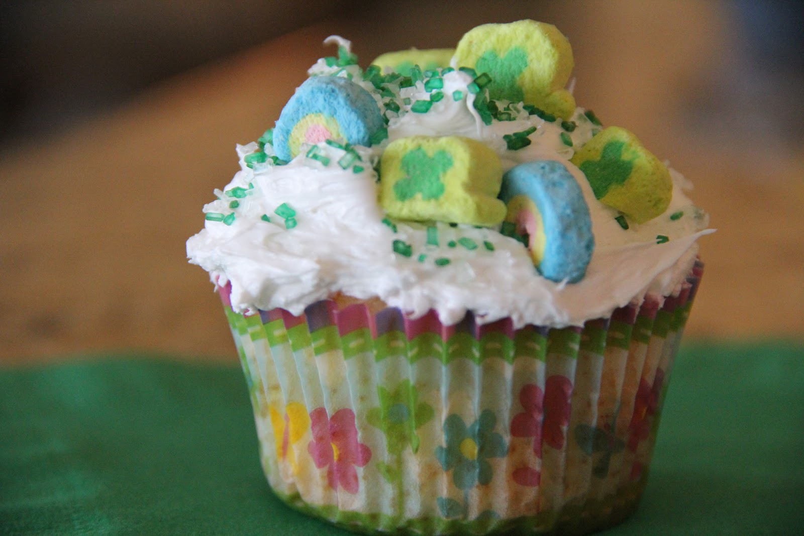 ... cupcake cookbooks had a recipe for topping cupcakes with lucky charms