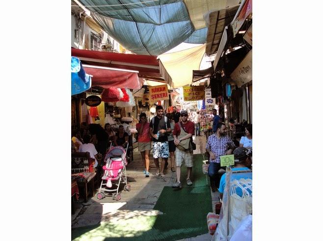 تعرف علي منطقة كيميرالتي للتسوق في ازمير