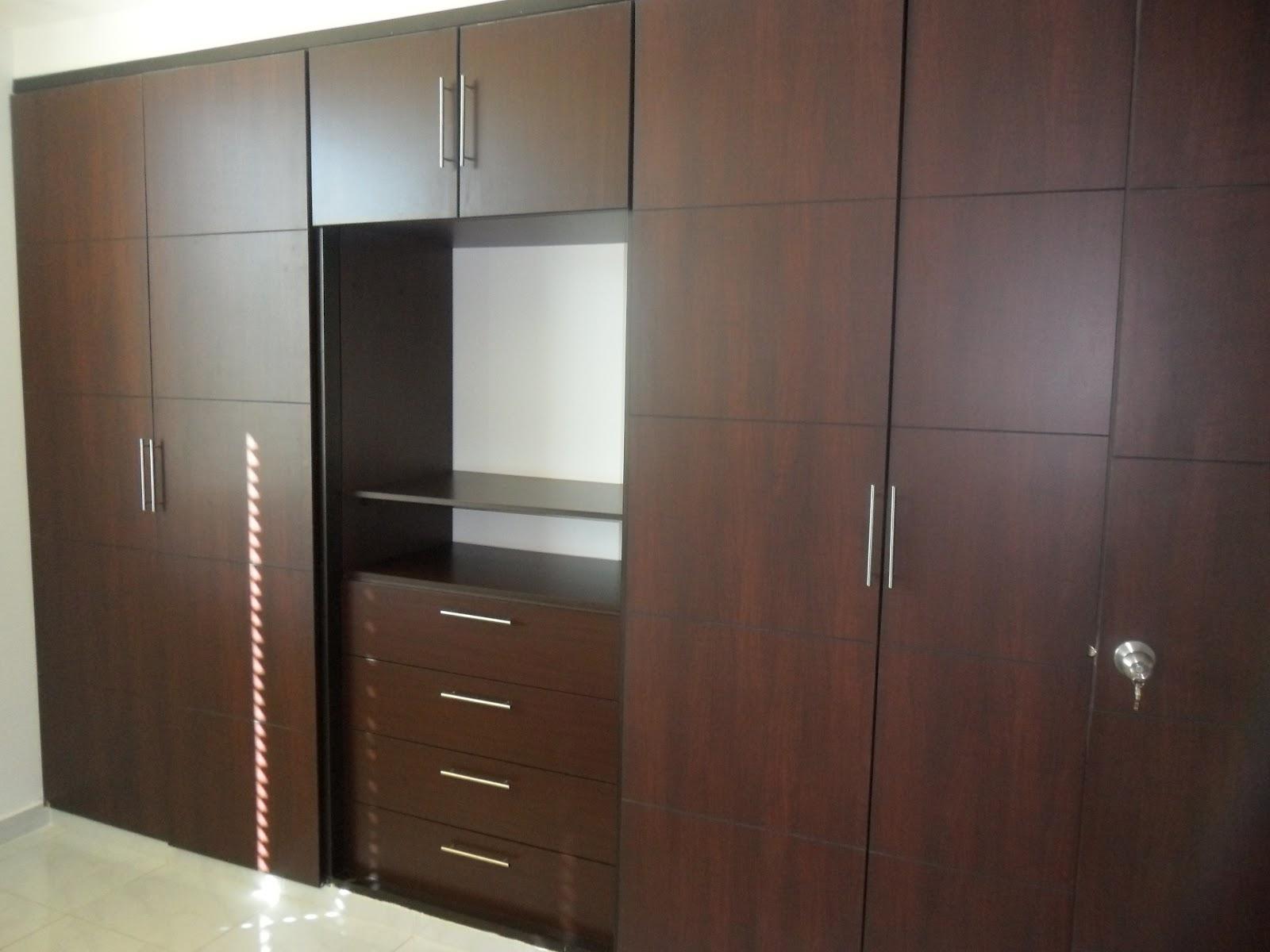 Maestre 39 s closet 39 s for Closet de madera para dormitorios