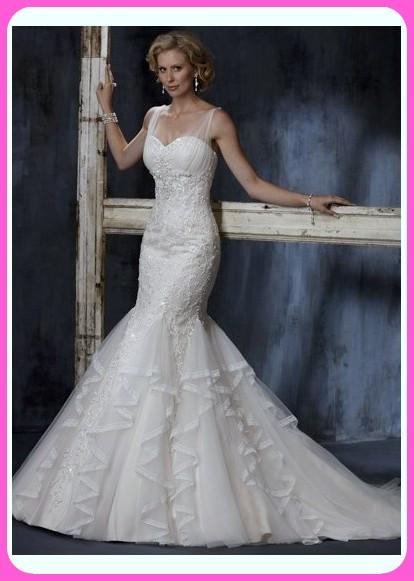 que vestidos de novia favorecen a las bajitas