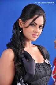 Karthika-Nair-Hot-Pics-3