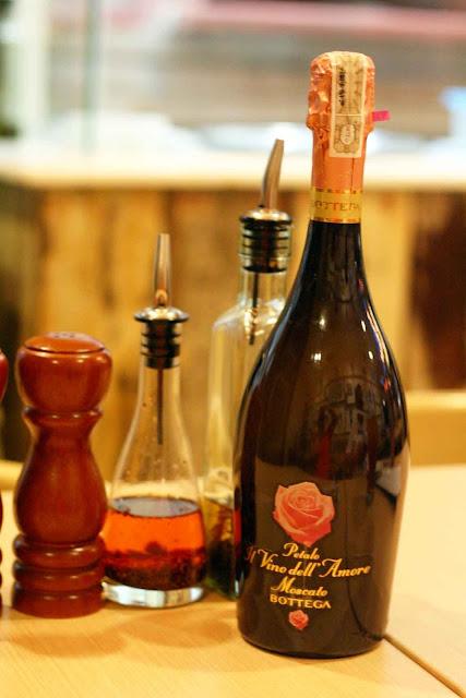 Bottega Petalo Moscato Sparkling Wine