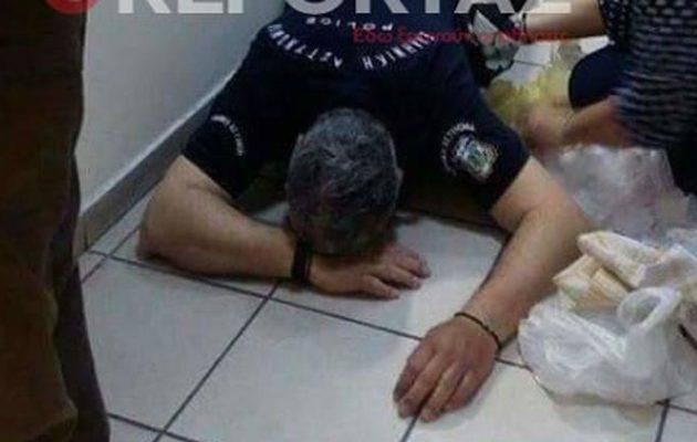 Δικηγόρος ξυλοκόπησε μέχρι λιποθυμίας αστυνομικό σε δικαστήριο της Αθήνας!