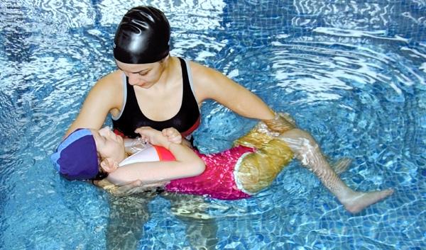 http://1.bp.blogspot.com/-JBNClfdpJAE/Tp3BKz3f1wI/AAAAAAAAAAc/fjaaNihdqLw/s1600/hidroterapia-1-g.jpg