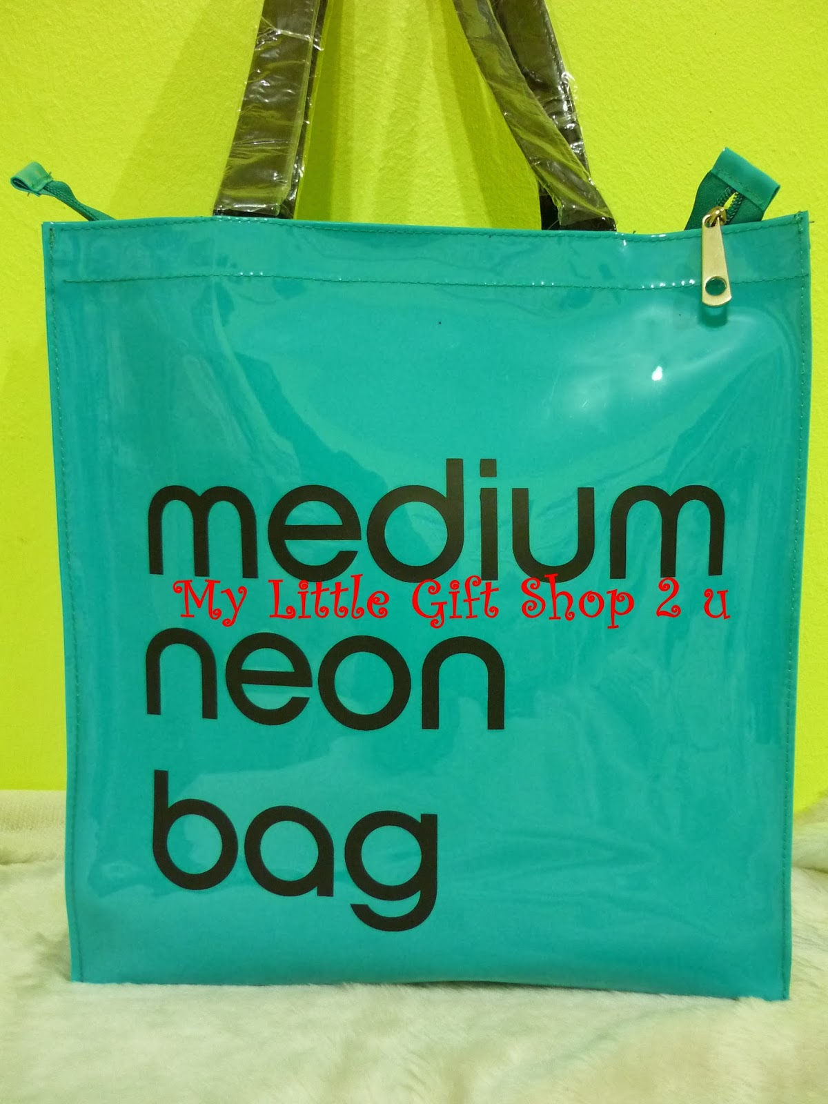Medium Neon Bag Medium Neon Bag Turquoise