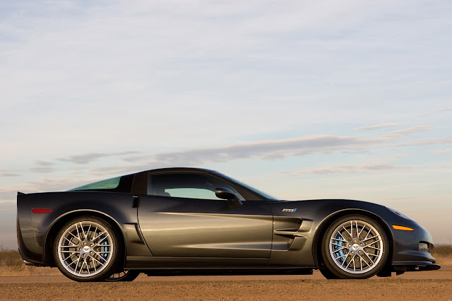 Side image of Corvette ZR1