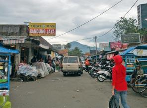 Revitalisasi Pasar Sumedang Kota - PKL Belum Sepakat soal Harga