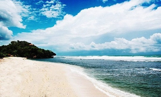 Wisata Pantai di Jogja Yogyakarta - Pantai Sundak Gunung Kidul