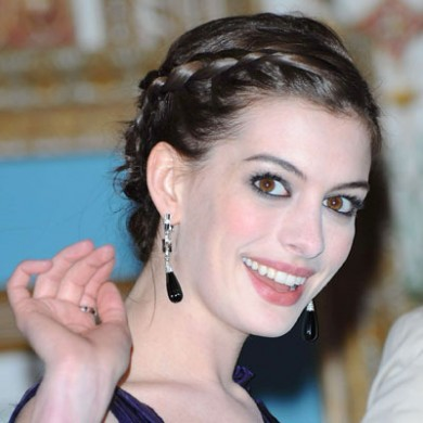 goddess hair style Anne Hathaway