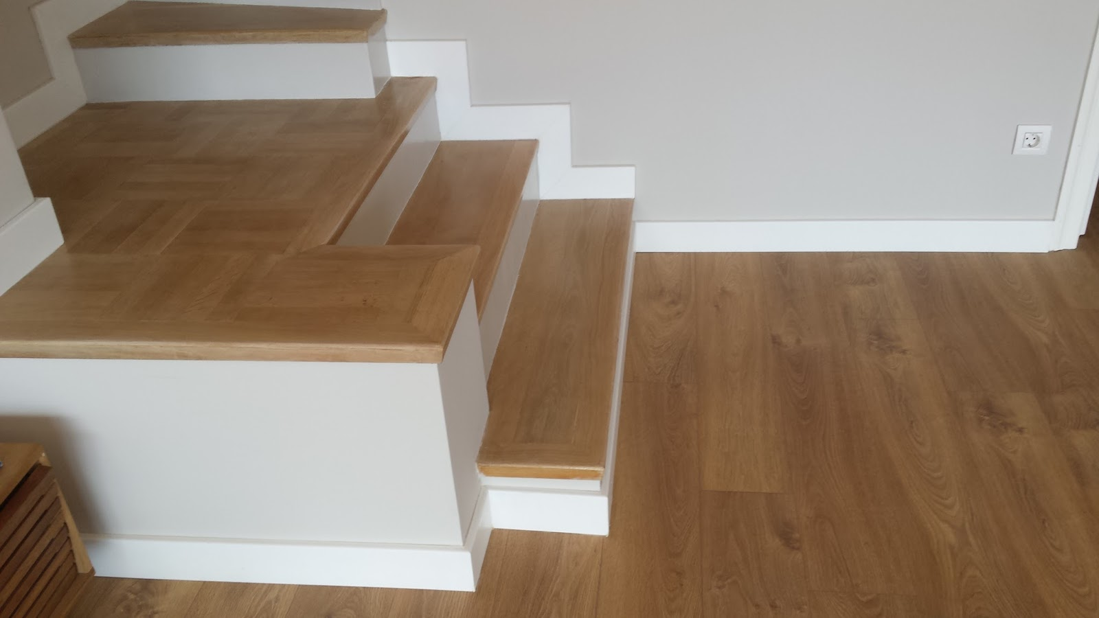 Revestir una escalera con parquet o laminado for Como realizar una escalera caracol