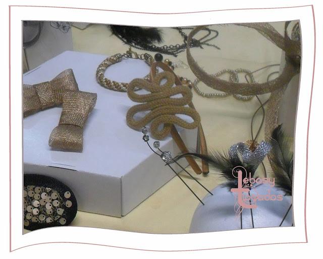 Tocados en tonos tierra y oro de y accesorios de Lebasy Tocados en  Espacio Creativo