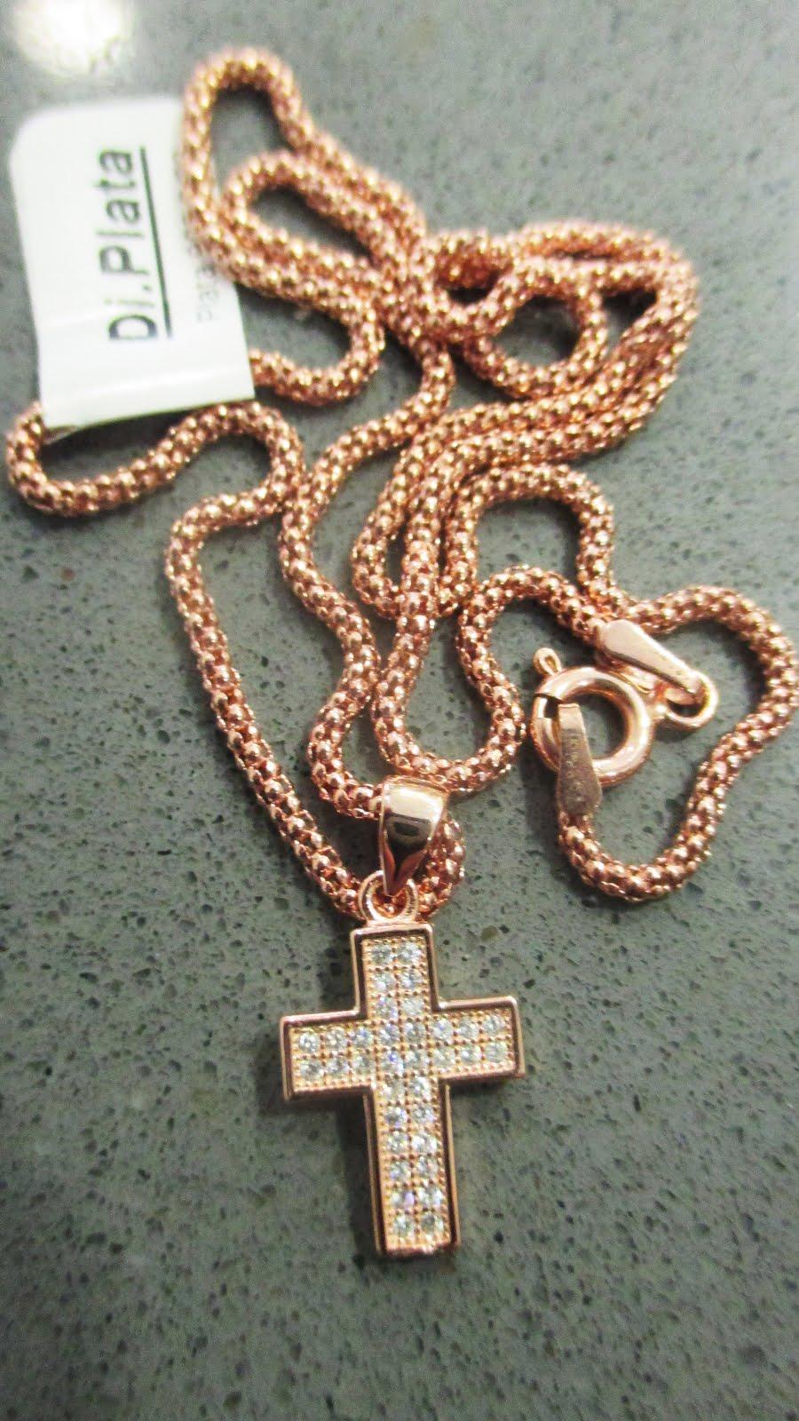 Cordón de plata dorada con cruz de circonitas a juego