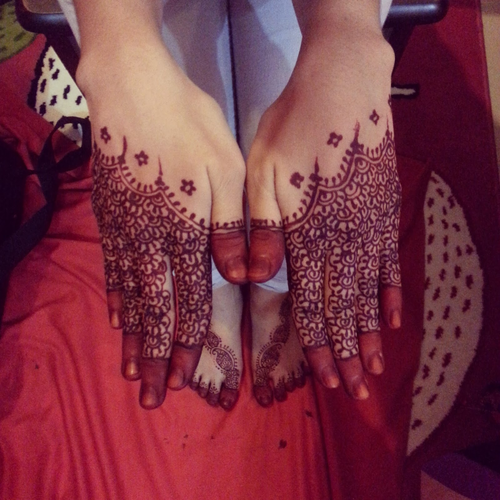 Anne Mahazir Henna Session With Jelitasieka Astro Inspired By