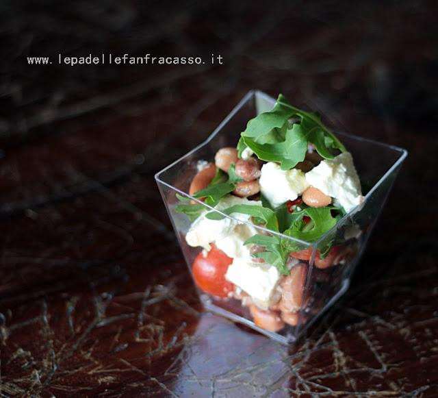 insalata estiva di fagioli e feta piatti veloci