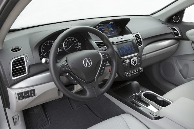 2016 Acura RDX Advance interior.