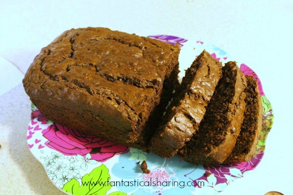 Triple Chocolate Banana Bread | It's not your typical banana bread! This one packs a triple chocolate threat #recipe #chocolate #banana #bread